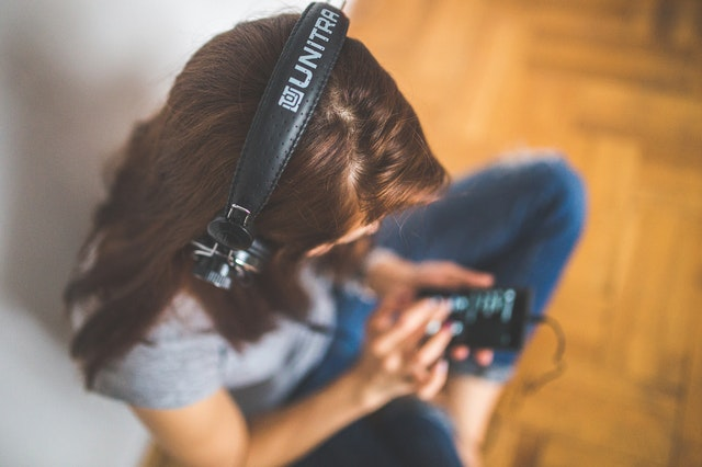 how to learn english with music picture